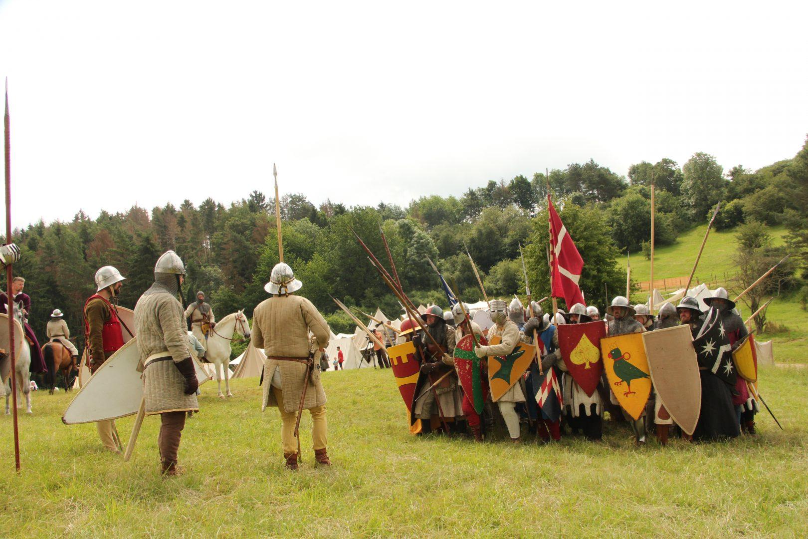 Formationstraining mit Kavallerie
